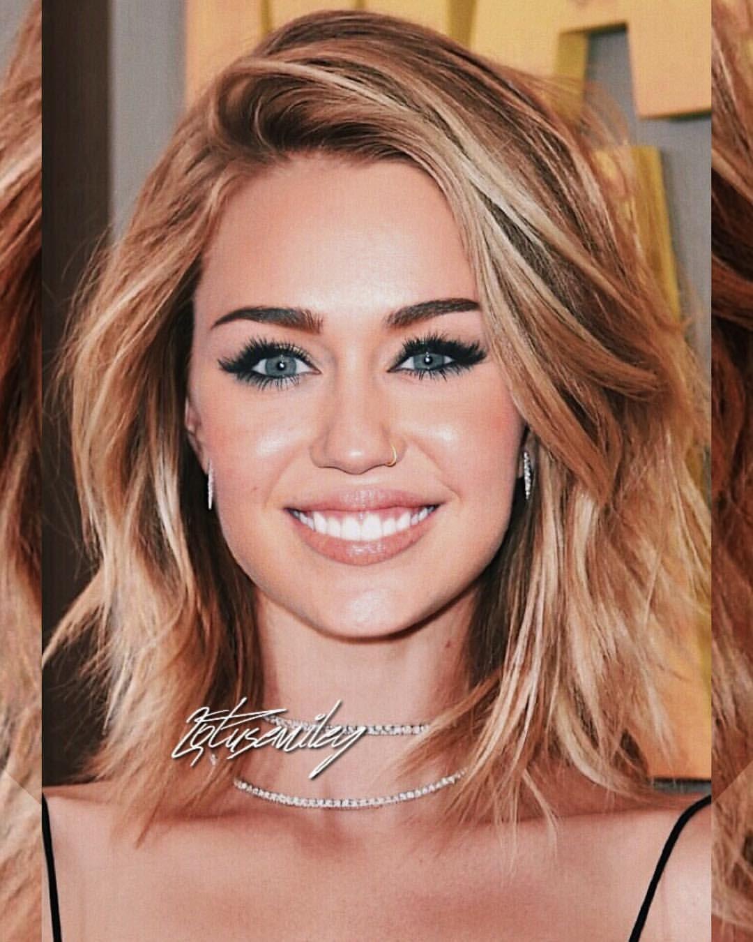 Pin By Christiann Igou On Hair In 2020 Mom Hairstyles Miley Cyrus Hair Medium Hair Styles