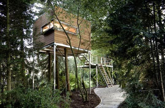 Baumraum treehouses baumraum osanbruck germany treehouse dwellings modern treehouses nature retreats treehouses