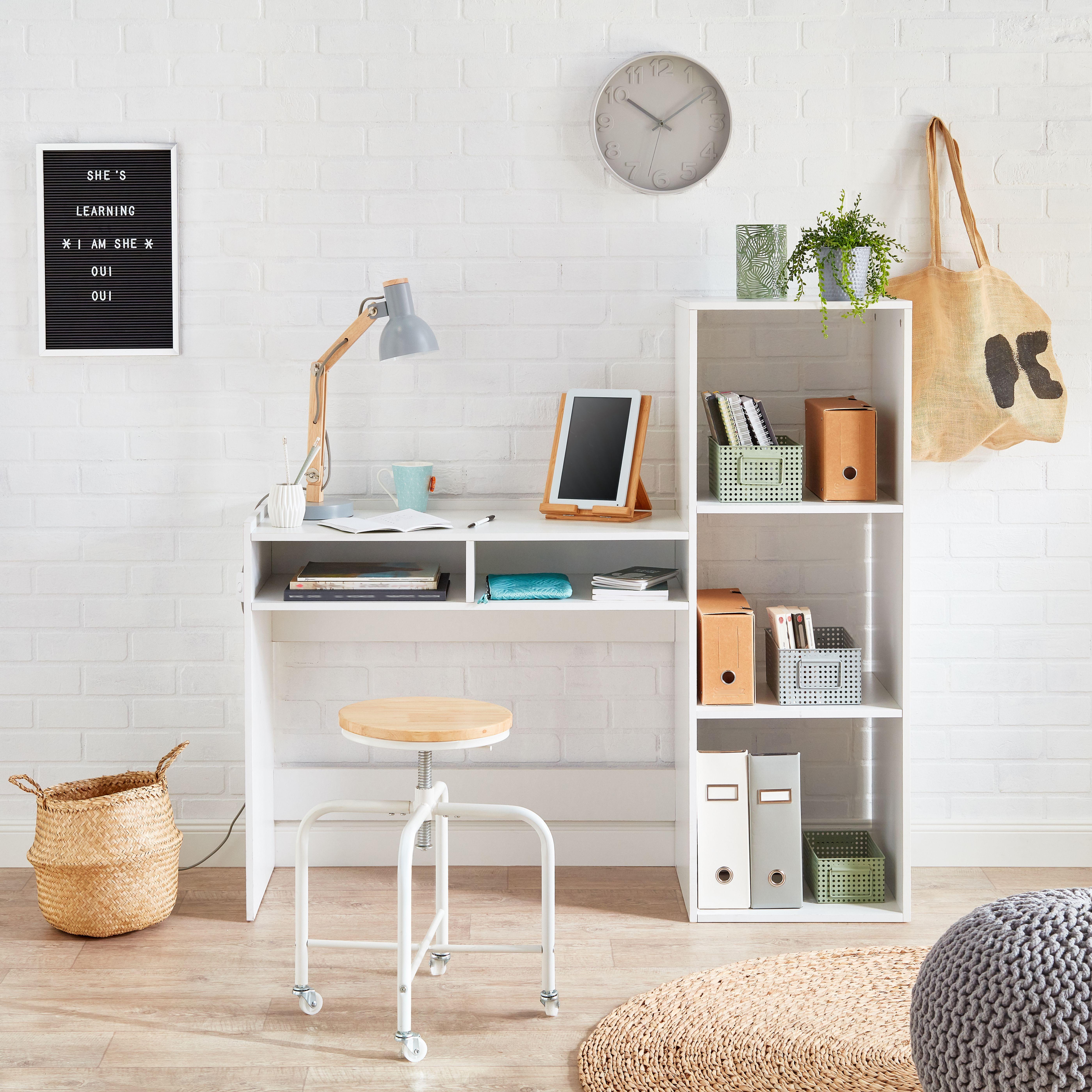 trouvez le bureau parfait pour la rentree scandinave industriel et naturel tous les styles sont reuni decoration maison idee deco appartement bureau design