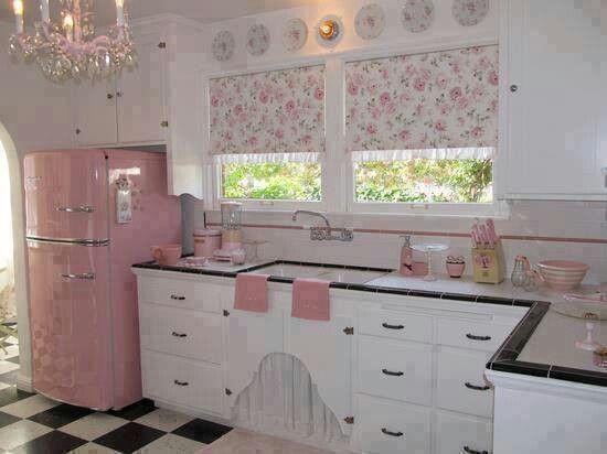 Rosa Kuche Kuchen