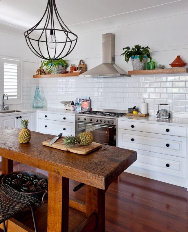 Kitchen Benchtop Storage Ideas: Traditional Kitchen 2pac Satin Profile Door Floating