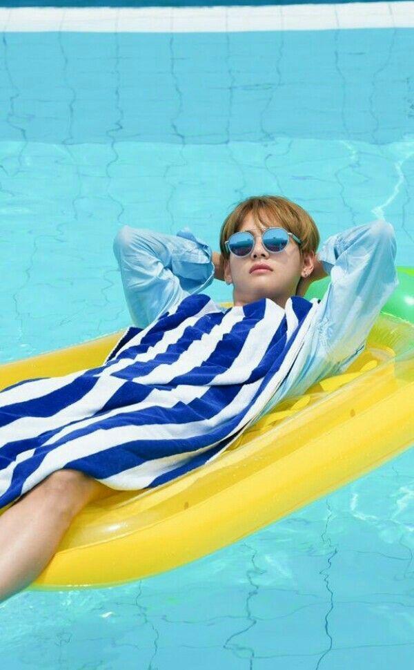 V-BTS Summer Package