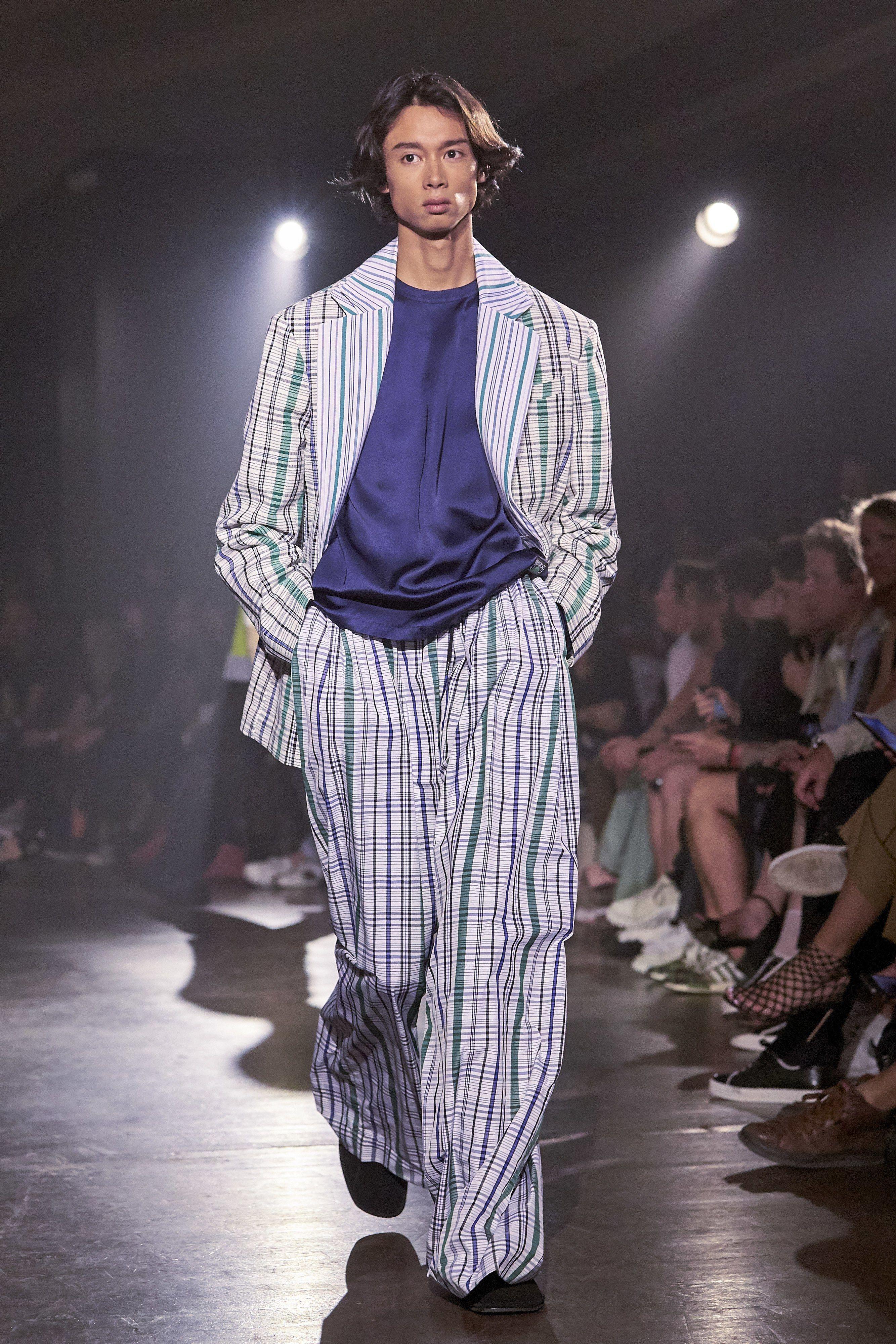 73319559b Kenzo Spring 2019 Menswear Fashion Show in 2019 | △ w a r r e n + ...