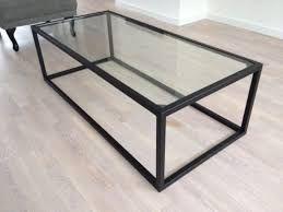 Afbeeldingsresultaat voor salontafel glas met zwart staal tafels