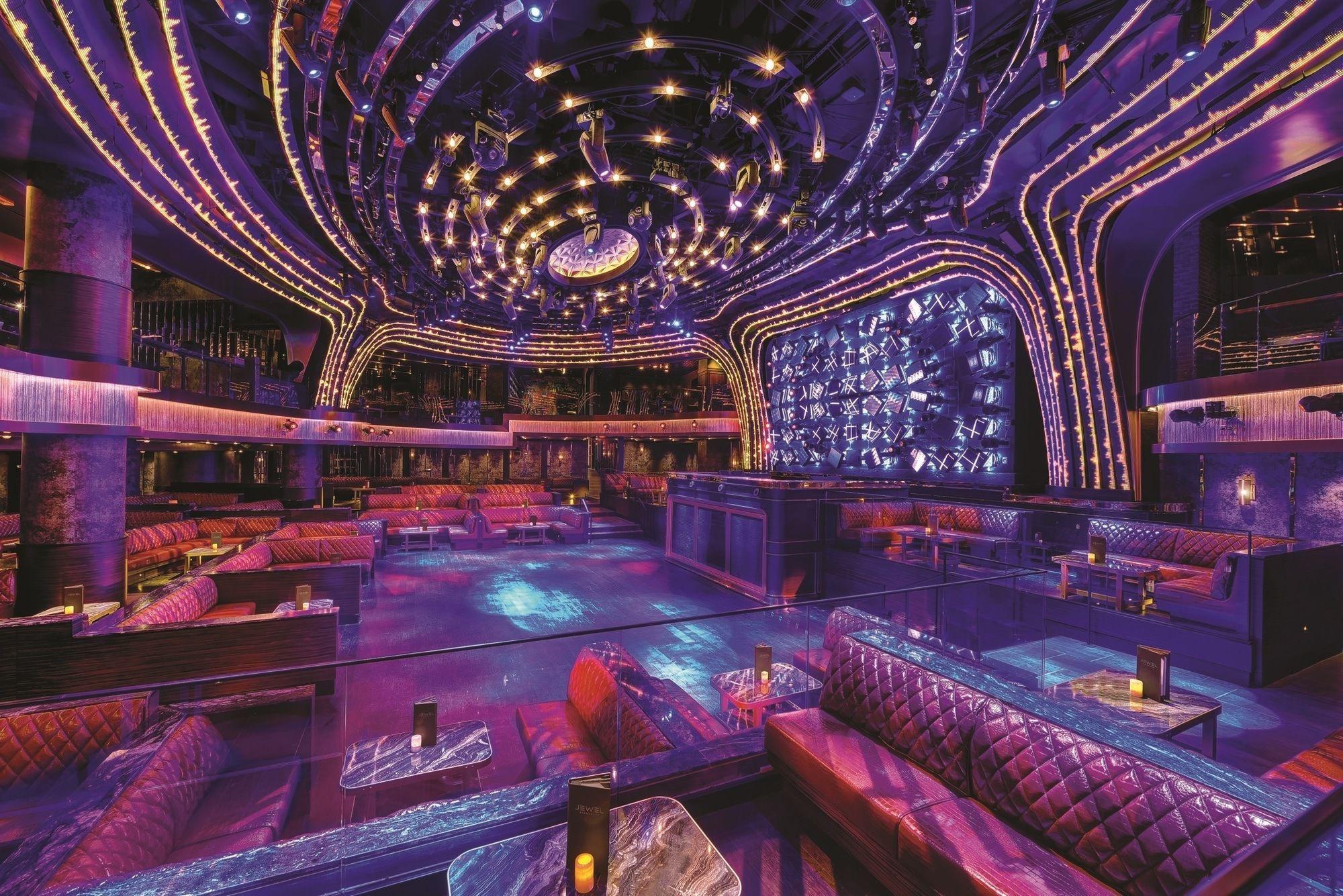 Las Vegas Girlfriend Getaway Tips Las Vegas Clubs Las Vegas