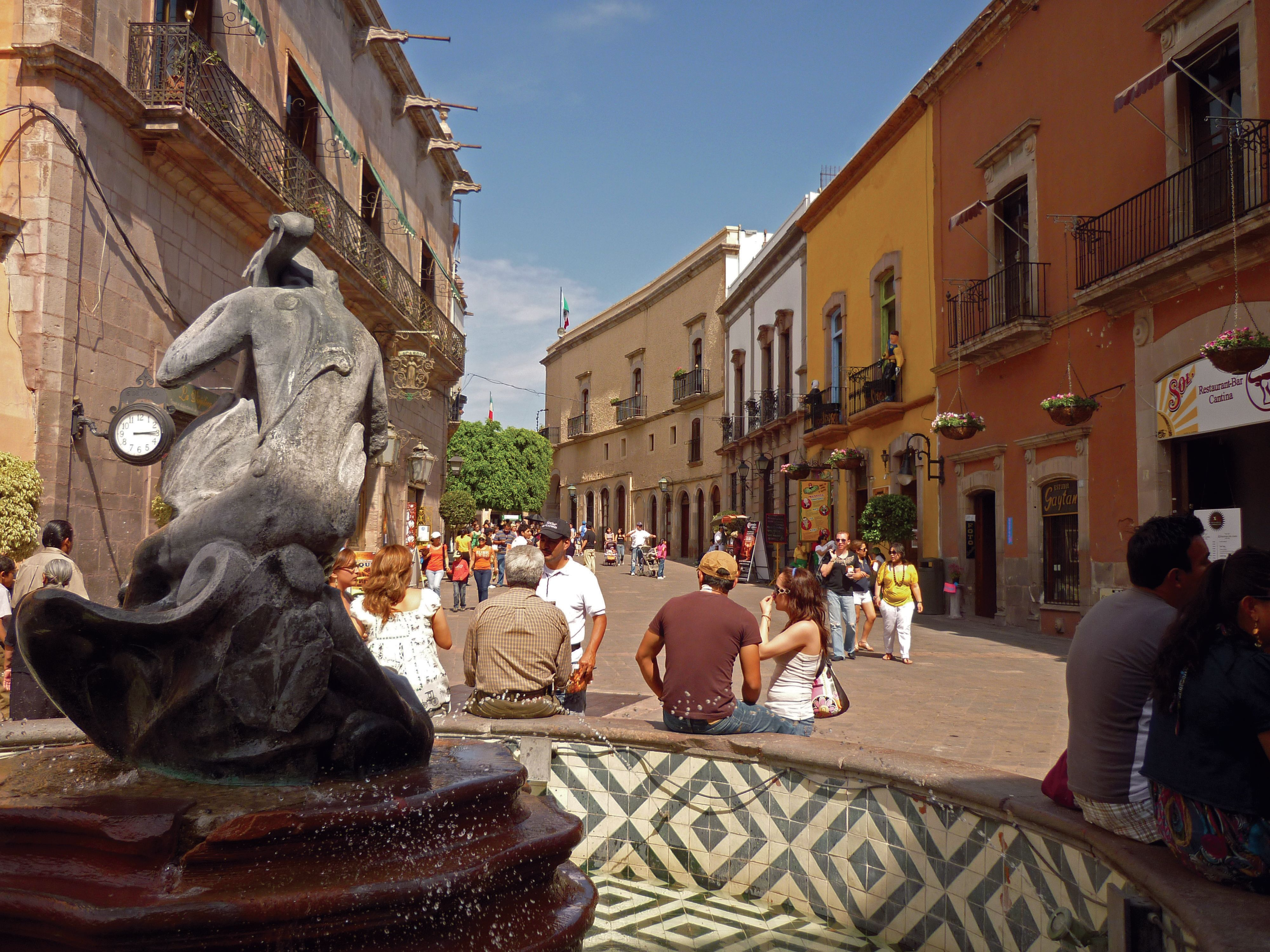 Andadores de Querétaro: románticos y turísticos - Revista Vía México