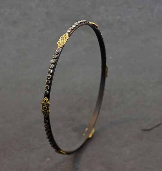 Armenta New World Midnight Bangle with Champagne Diamonds 1Klv6sv