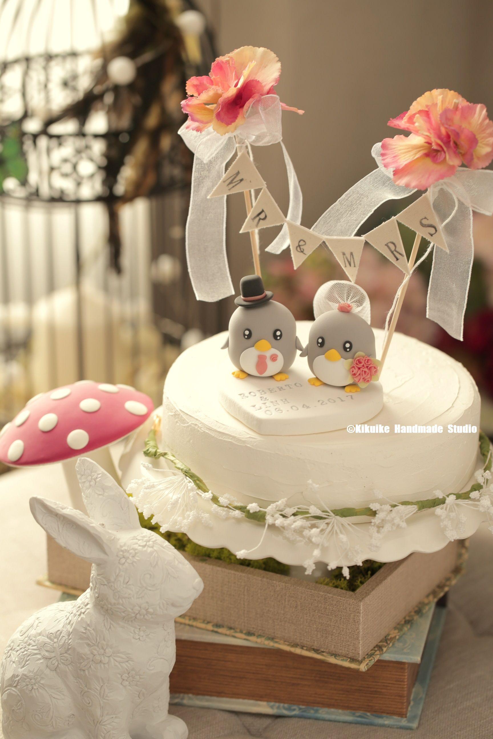 Penguins Wedding Cake Topper (K422) Wedding cake prices