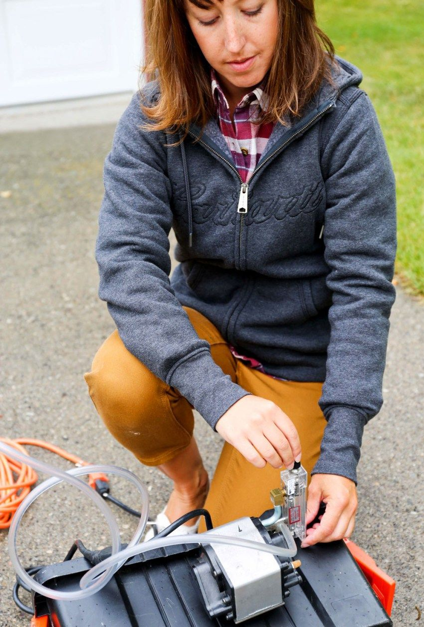 The Coolest Gift a Mother Can Give Sweatshirts women