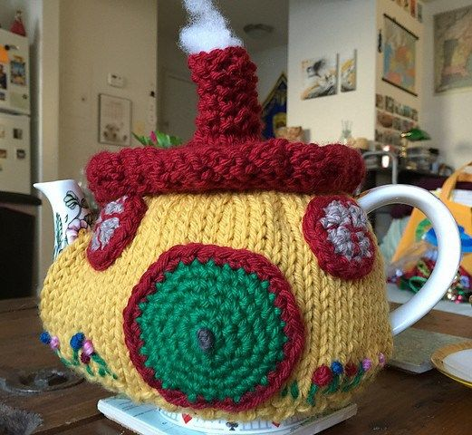 Free knitting pattern for Hobbit Cottage Tea Cozy and more Lord of the Rings inspired knitting patterns