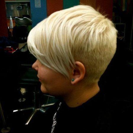 cool back view undercut pixie haircut hairstyle ideas 51