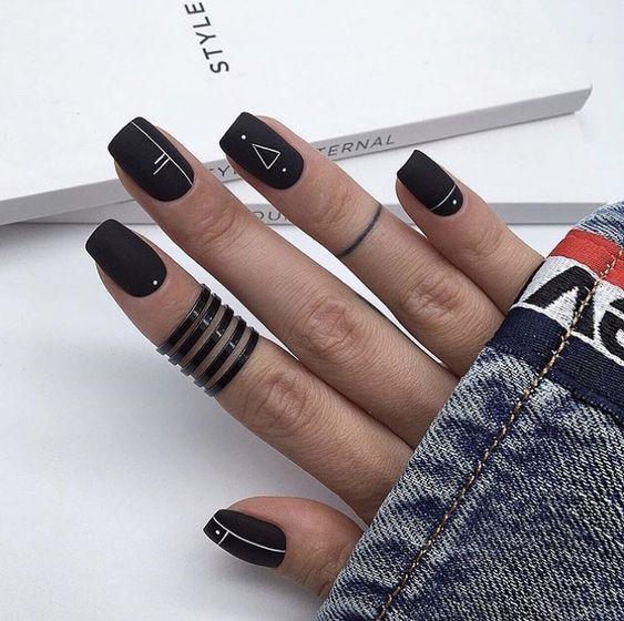 Ультрамодный маникюр 2019 минимализм на ногтях фот