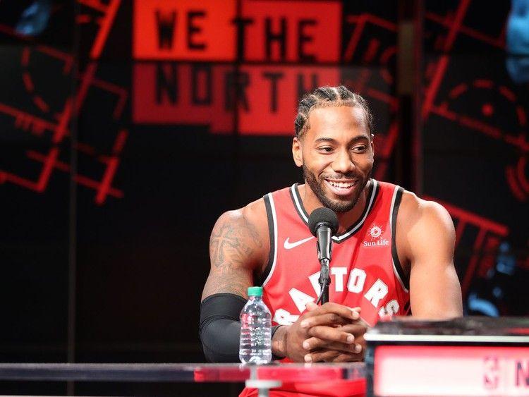 Kawhi Leonard S Laugh As The Nba On Nbc Theme Is Right On Time Funny Or Die Nba News Nba Funny Toronto Raptors