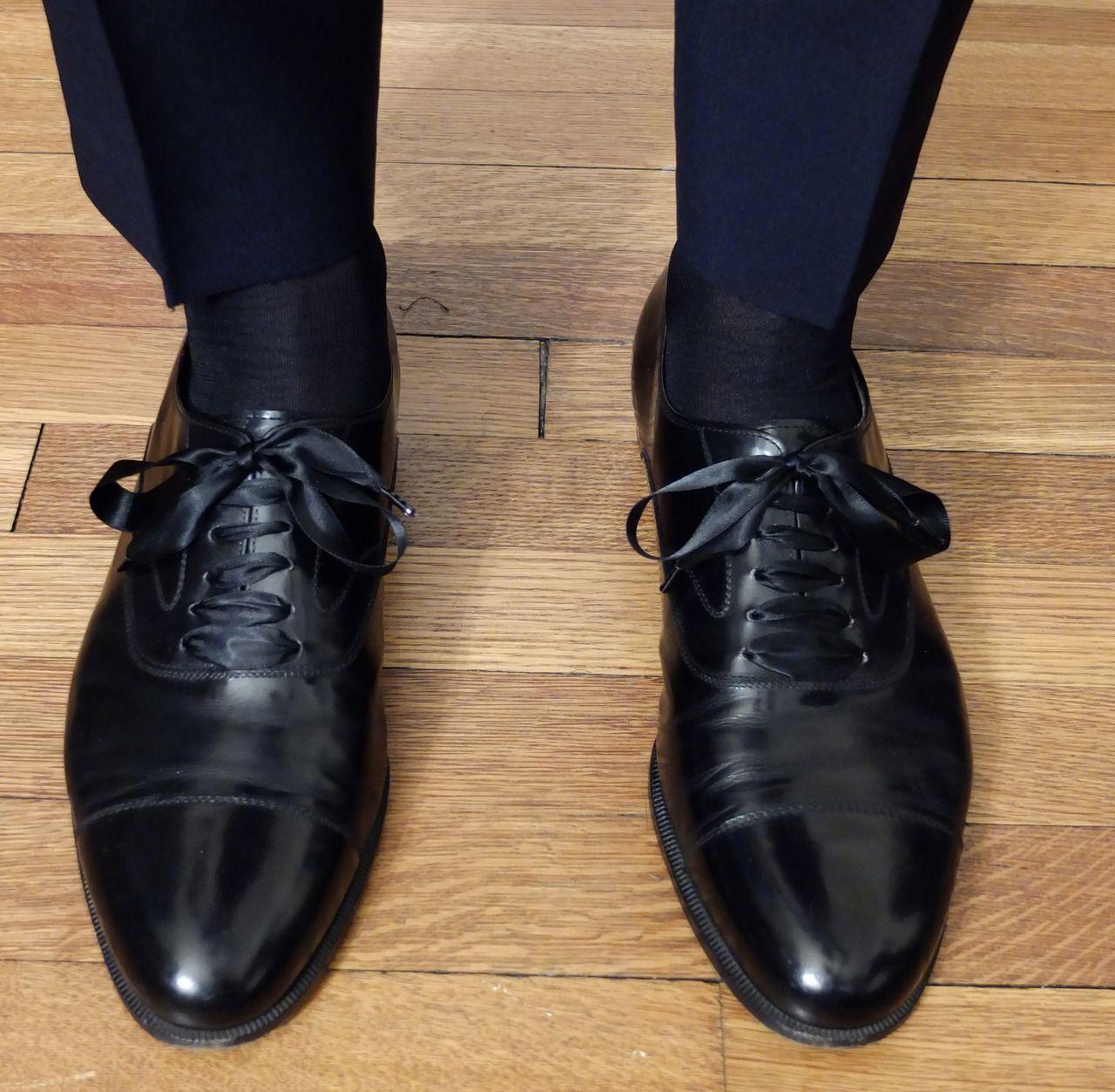 Silk Shoe Laces [ 1253 x 1280 Pixel ]