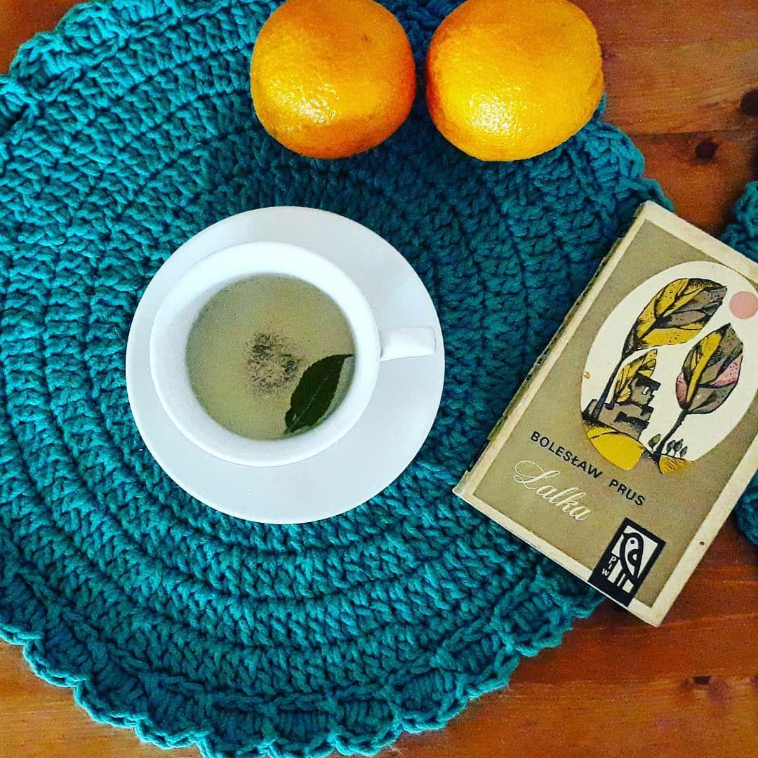 Podkladki Ze Sznurka Bobbiny Crochet In 2020 Glassware Tableware Art