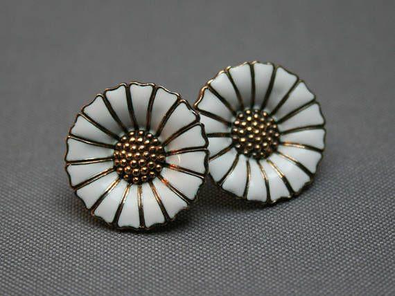 1334badb1 Vintage GEORG JENSEN Daisy earrings 18 mm White enamelled France Team, Sterling  Silver Flowers,