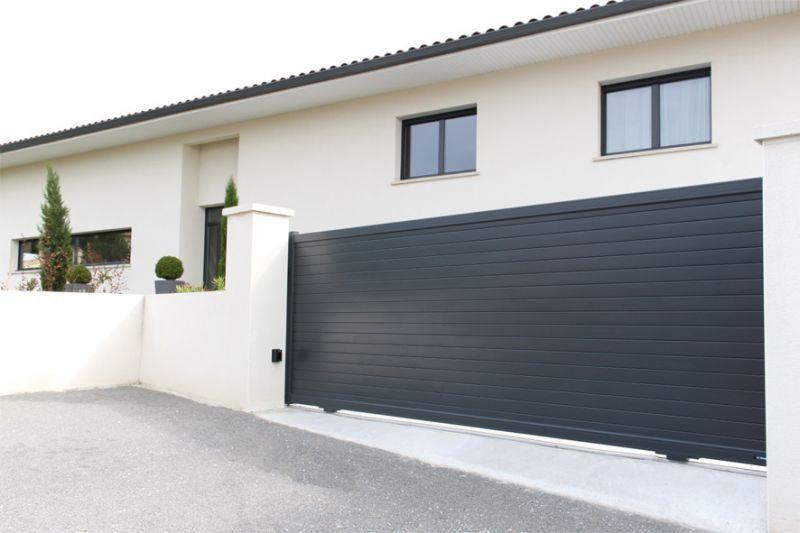 Portail Coulissant Bristol La Toulousaine House Fence Design Door Gate Design Home Gate Design