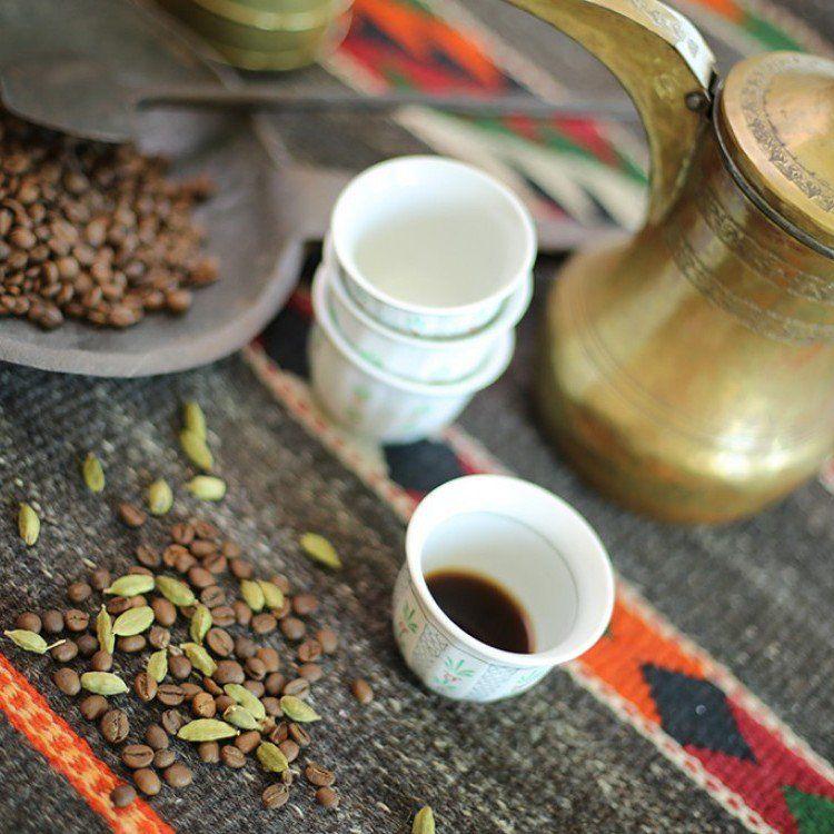 أسرع طريقة لتحضير القهوة العربية مطبخ سيدتي Recipe Black Peppercorn Tableware Glassware