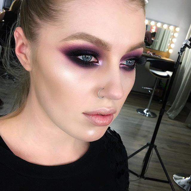 Punk Eyeshadow | Makeup portfolio inspired in 2019 | Glam ...