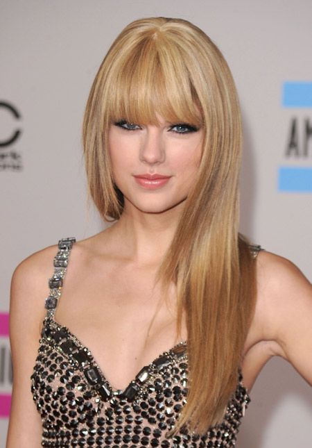 straight with hair swift Taylor
