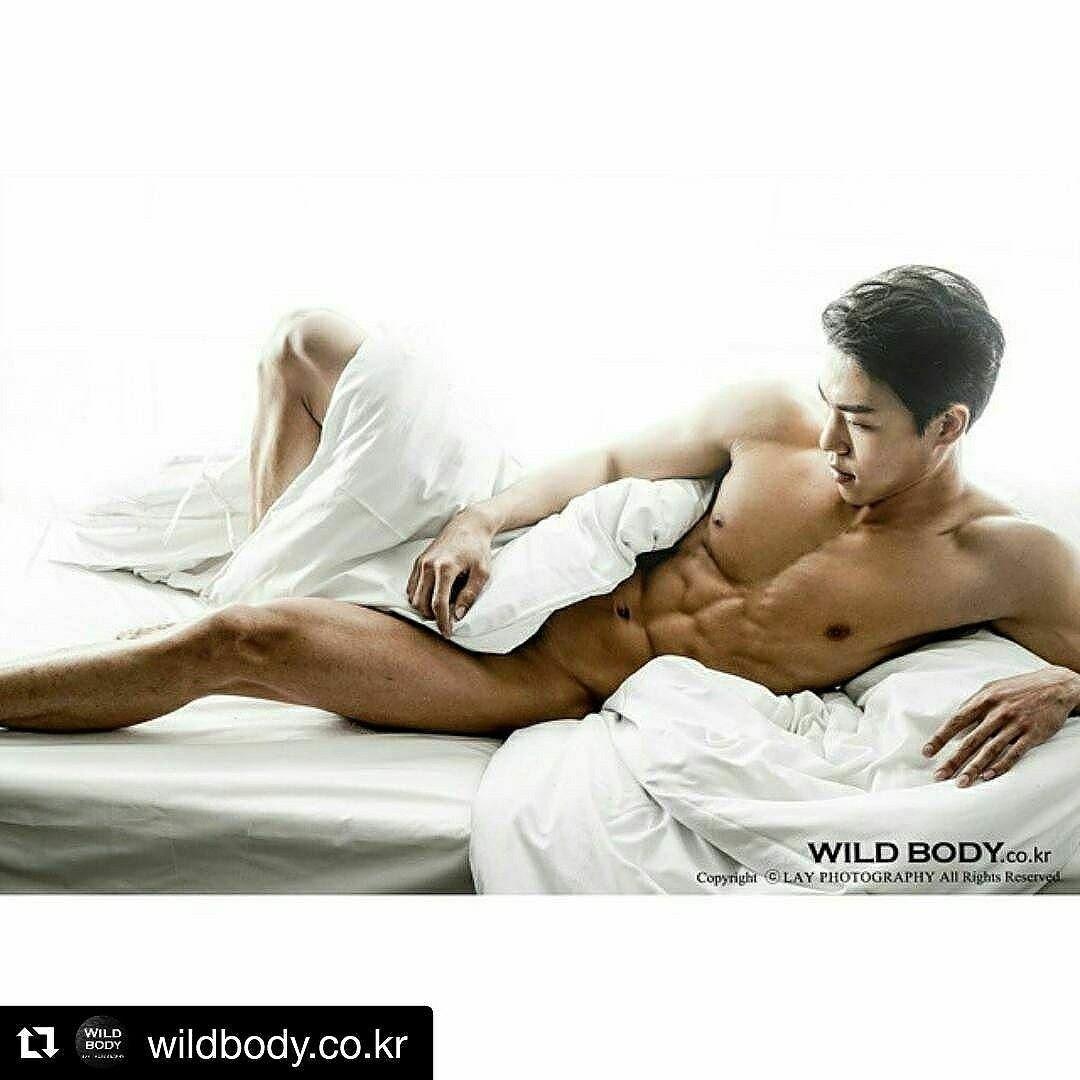 Naked korean men blogspot