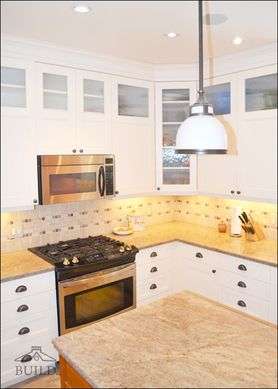 build stratford kitchen cabinets with glass inserts kitchen kitchen cabinets cabinet on kitchen cabinets glass inserts id=59508