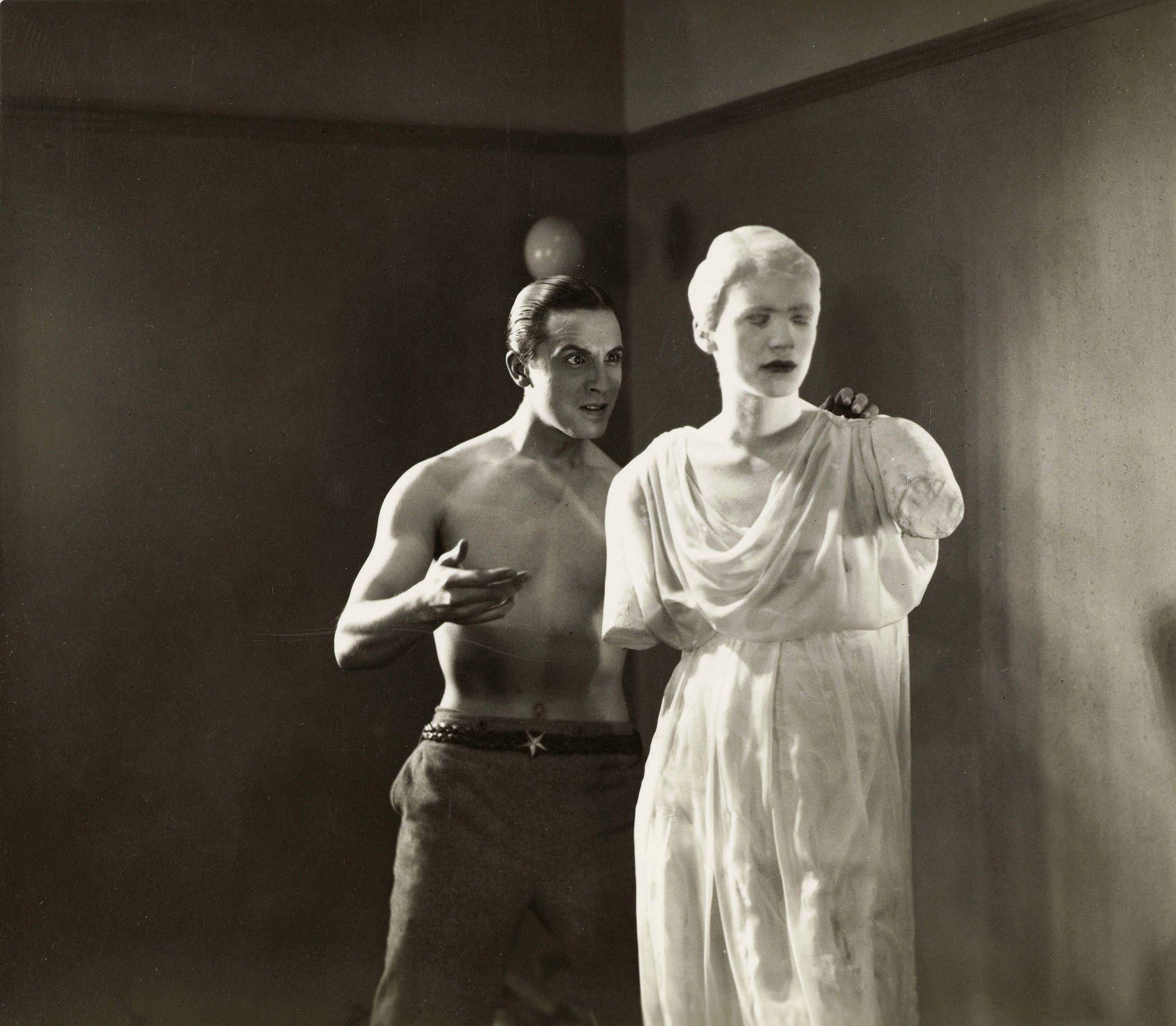 JEAN COCTEAU/LE SANG D'UN POETE | Lee miller, Jean cocteau, Film ...