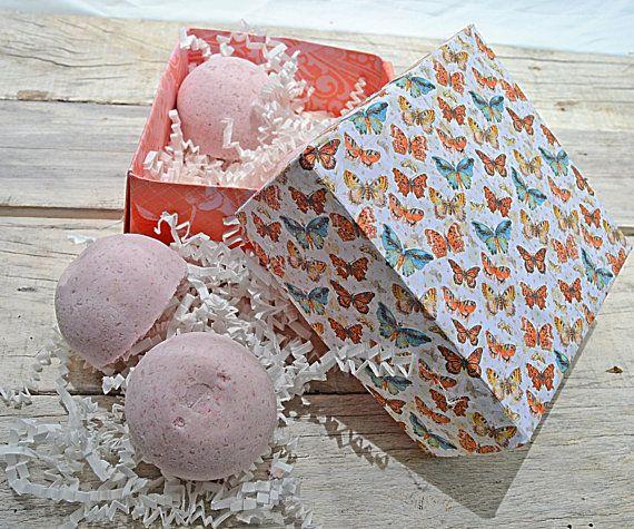 Pink Bath Bombs Vanilla Gift Set Four Bath by Lolabathandbeauty