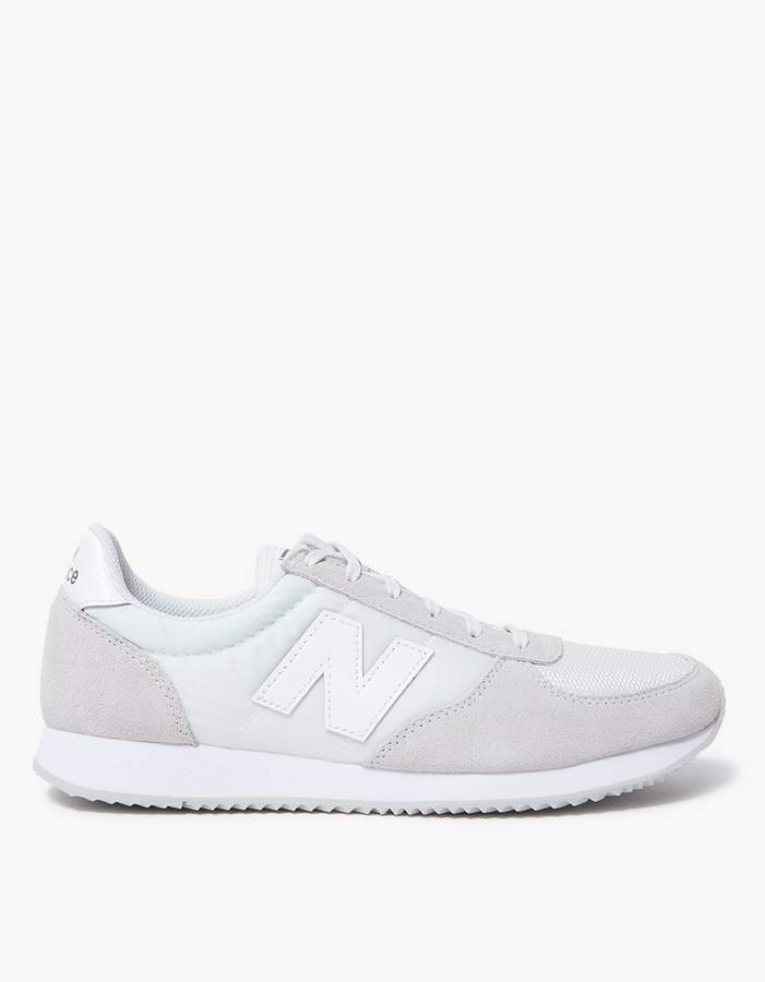 33e35c135691e New Balance 220 Low-Top in White/Nimbus Cloud in 2019 | Products ...