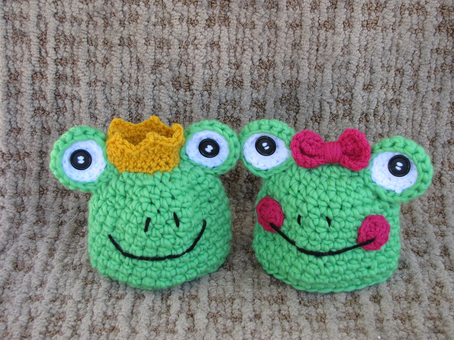 Crochet baby hat-Twin set-frog prince and frog princess-Included ...