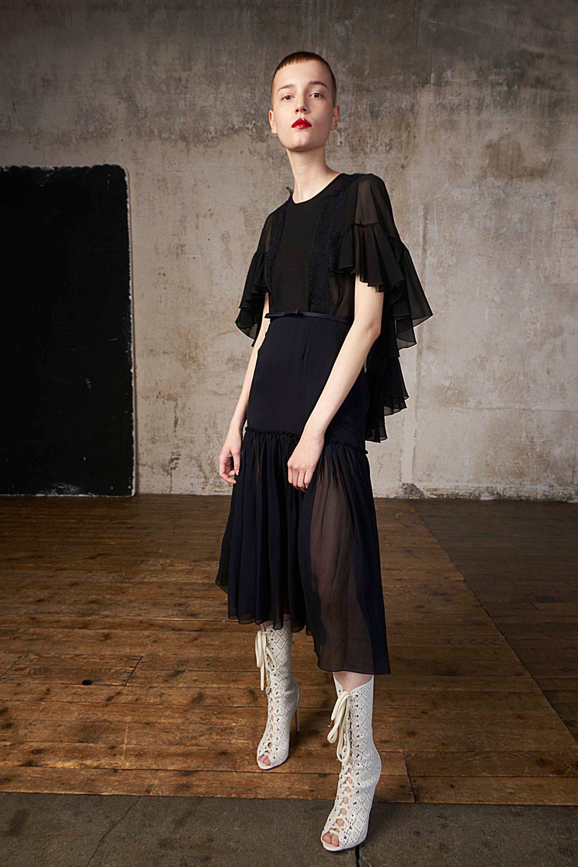 Giambattista valli resort fashion show giambattista valli