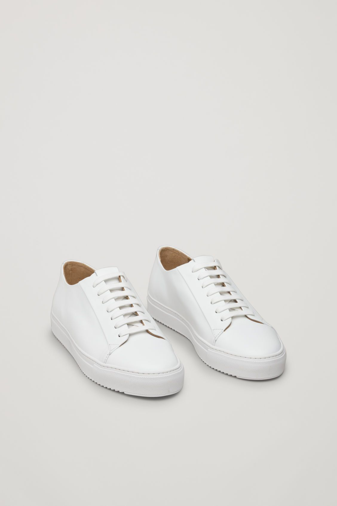 THICK-SOLED LEATHER SNEAKERS   Leather
