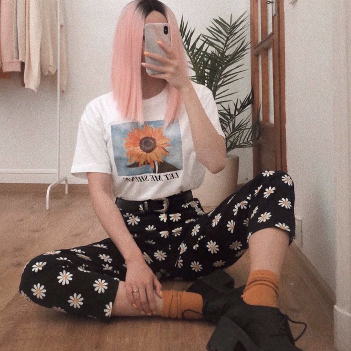 Good news: Daisy Mom Jeans are back in stock