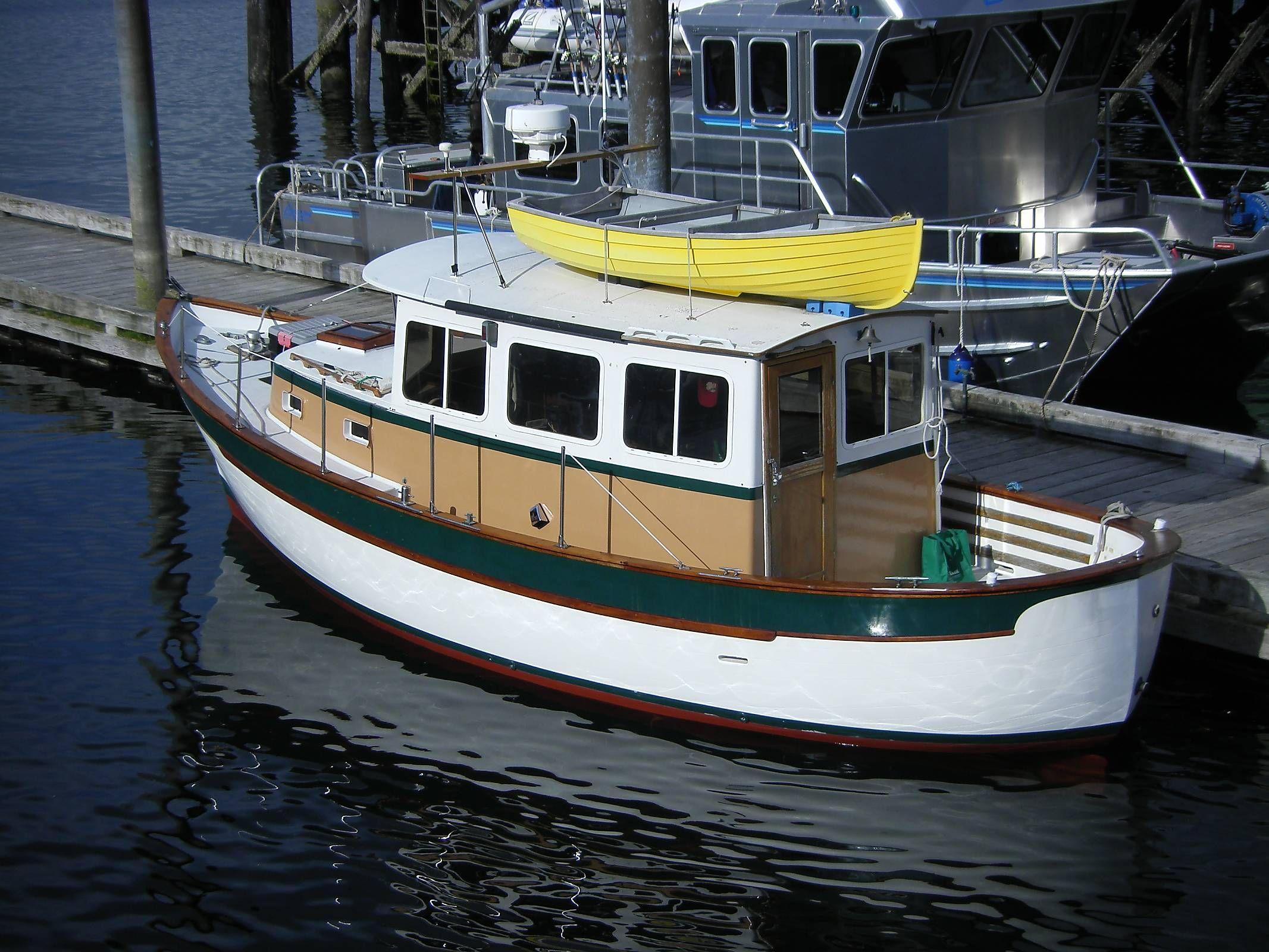 Troller Yachts Vs Trawler Sth71275