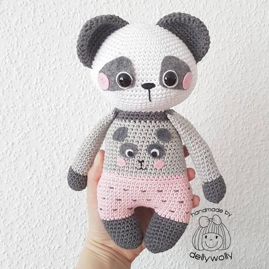dellywolly I loooooooove your version of my Panda Girl Nele ...