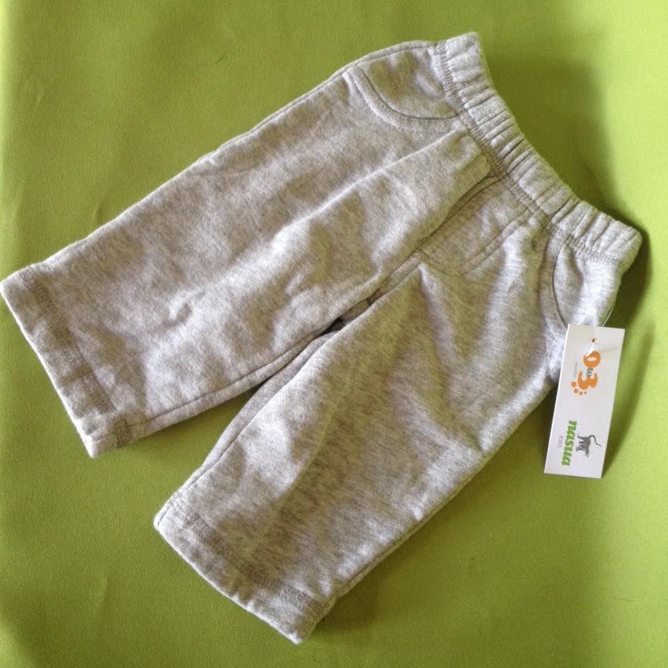 Pants gris, marca Carter's 3 meses. Q15.00
