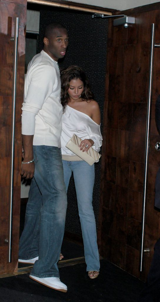 Vanessa Bryant Off-the-Shoulder Top  Kobe bryant and wife, Kobe