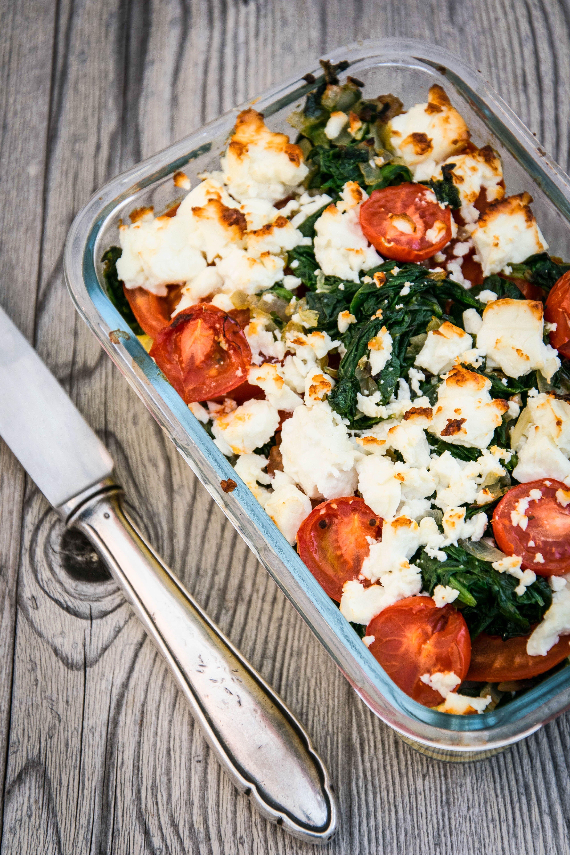 Polenta-Spinat-Gratin mit Feta und Tomaten #healthycrockpotchickenrecipes