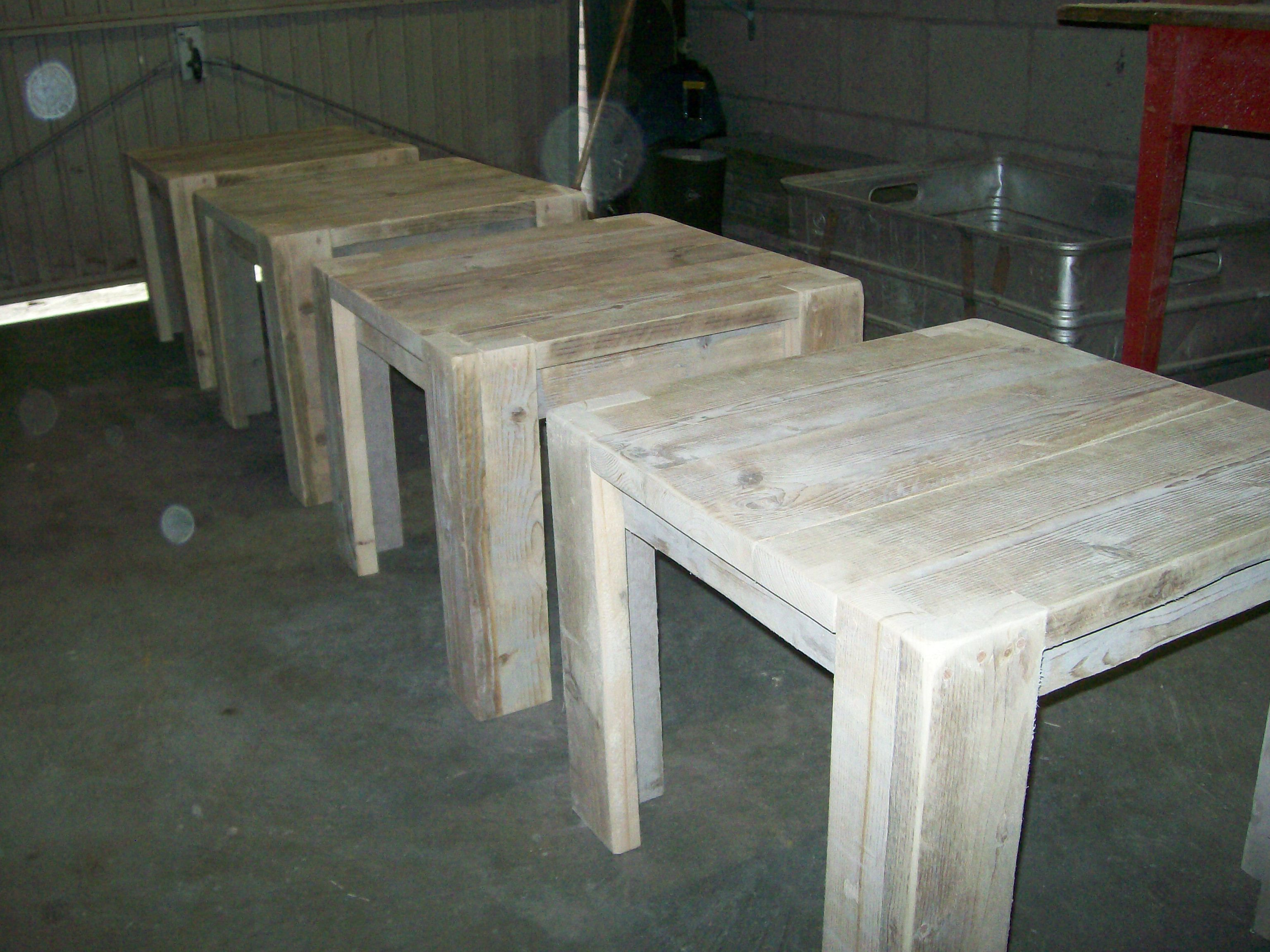 Meubels Voor Buiten : Steigerhouten meubels meubels op maat buiten meubels meubels