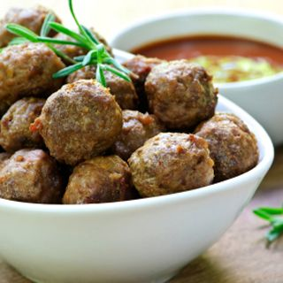 30 Days of Paleo: Simple Curry Meatballs