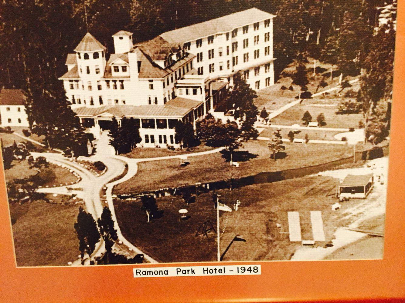 Harbor Springs Michigan Ramona Park Hotel