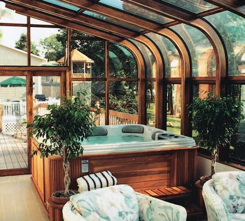 Jacuzzi In The Living Room: Sunroom Hot Tub, Spa Room Ideas