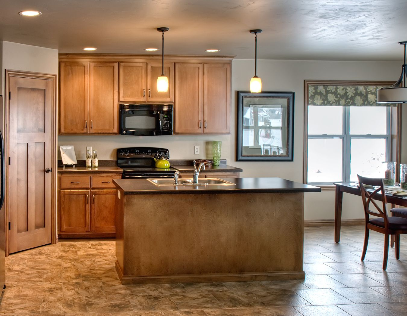 Quality Custom Kitchen Cabinetry Prestige Custom Cabinetry And Millwork Custom Kitchen Kitchen Kitchen Cabinetry