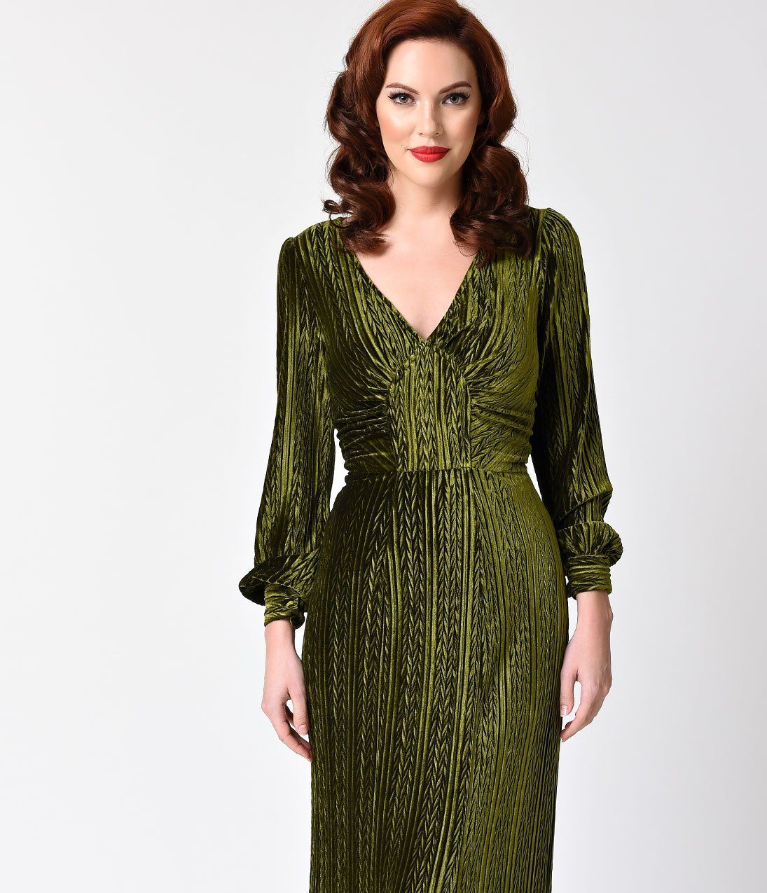 7cd069932c29 Voodoo Vixen Olive Green Velvet Long Sleeve Maxi Dress – Unique Vintage
