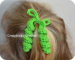 crochet twisted ponytail streamers | Hair Spirals - crochet hair accessories, free pattern!