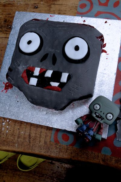 Not really a delight but behold our Zombie cake Halloween