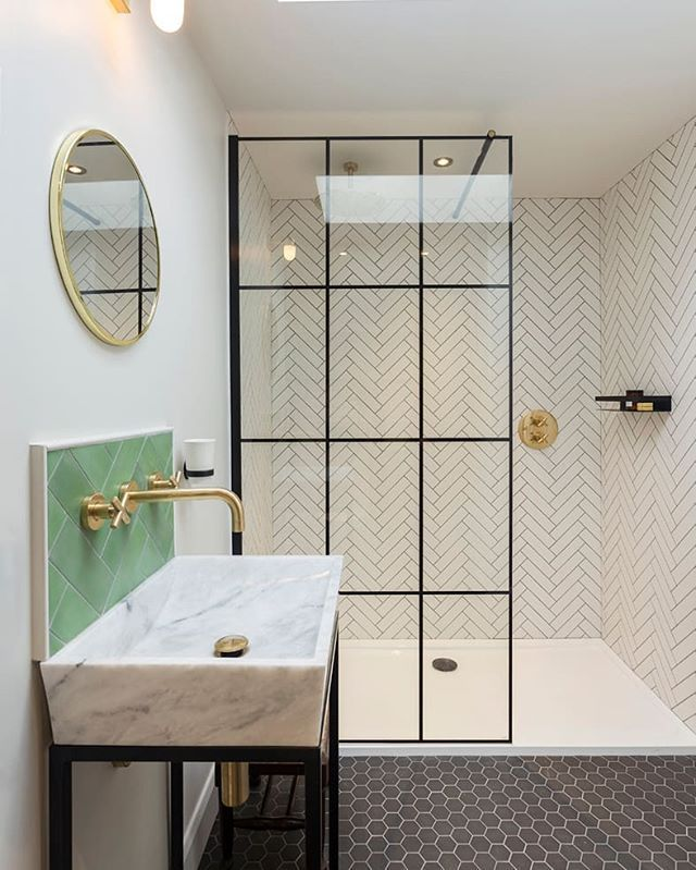 FromhouzzukCan\'t choose which tile to go for? This @amymaynard30 ...