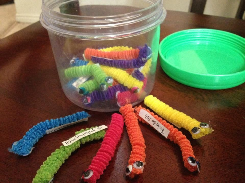 Whipperberry LDS Primary Singing Time Wiggle Worm Jar CUTE