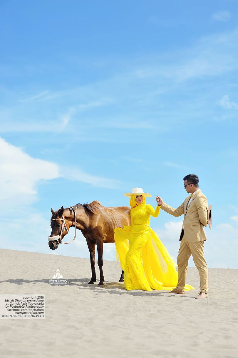 Foto Prewedding Unik  Foto Pre Wedding Outdoor  Foto Prewedding Muslim