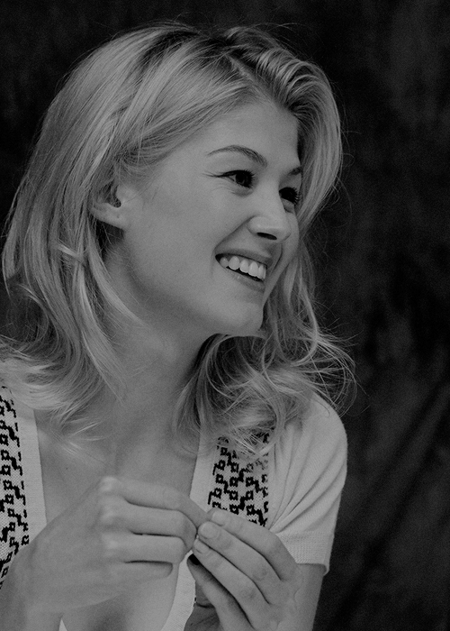 Nackt Kate Lancaster  Portrait of